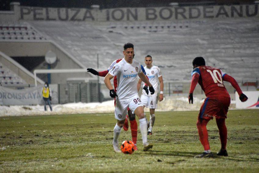 Marius Croitoru, 40 de ani, antrenorul lui FC Botoșani, este impresionat de Hervin Ongenda (26 de ani), mijlocașul ofensiv al moldovenilor.