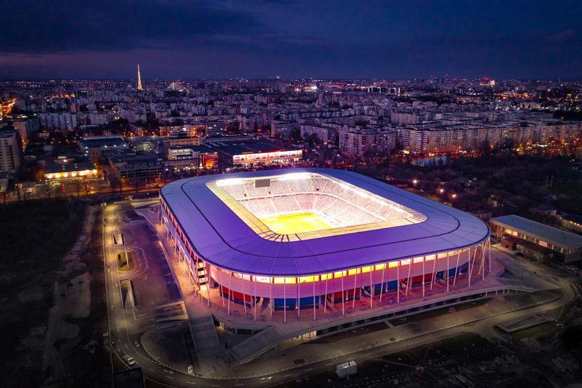 Arena din Ghencea arată încântător când e luminată. O serie de imagini au făcut deliciul fanilor de la CSA Steaua.  FOTO: Can & Power