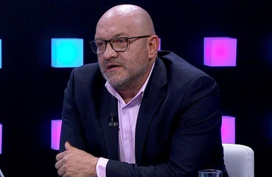 Dinamo a fost subordonată în prima repriză a disputei cu Viitorul, încheiată 0-3. Gabi Balint (58 de ani) nu a înțeles nimic din jocul elevilor lui Ionel Gane (49 de ani).