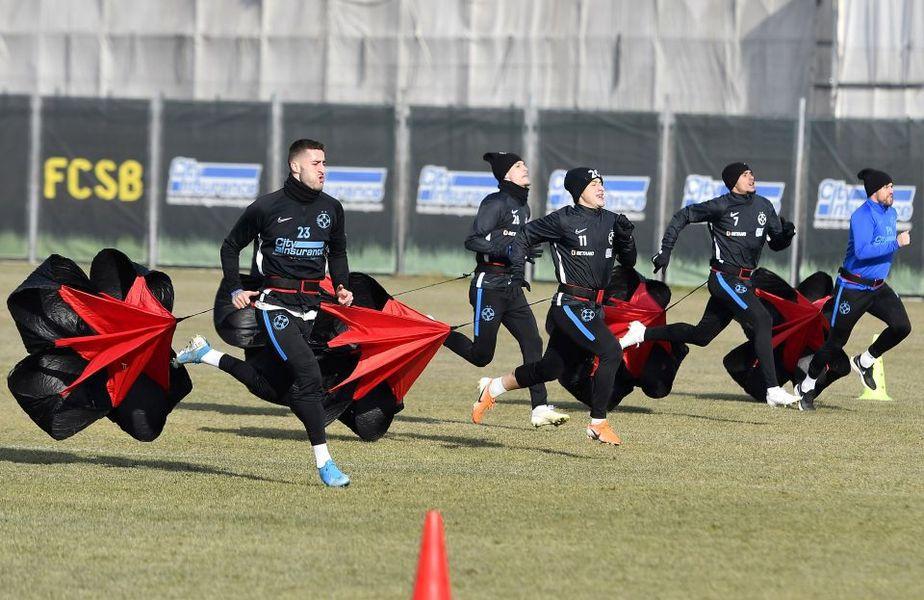 Jucătorii de la FCSB vor începe în curând antrenamentele