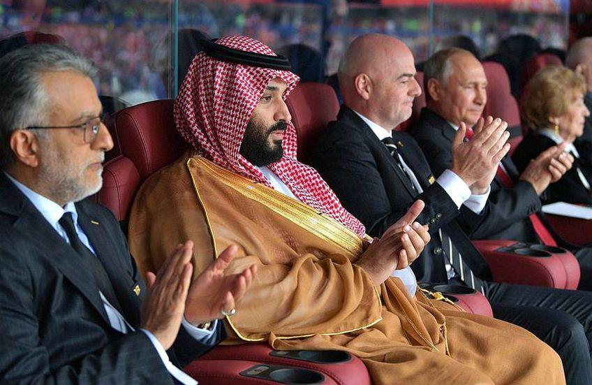 Mohammed bin Salman (centru) vrea să cumpere Newcastle // FOTO: Guliver/GettyImages