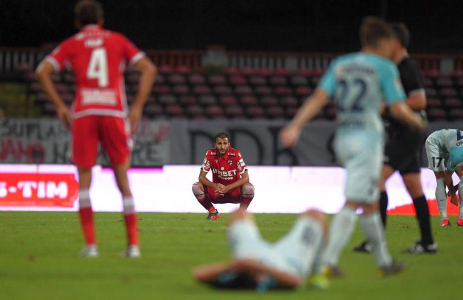 Fanii lui Dinamo sunt gata să preia clubul FOTO: Raed Krishan