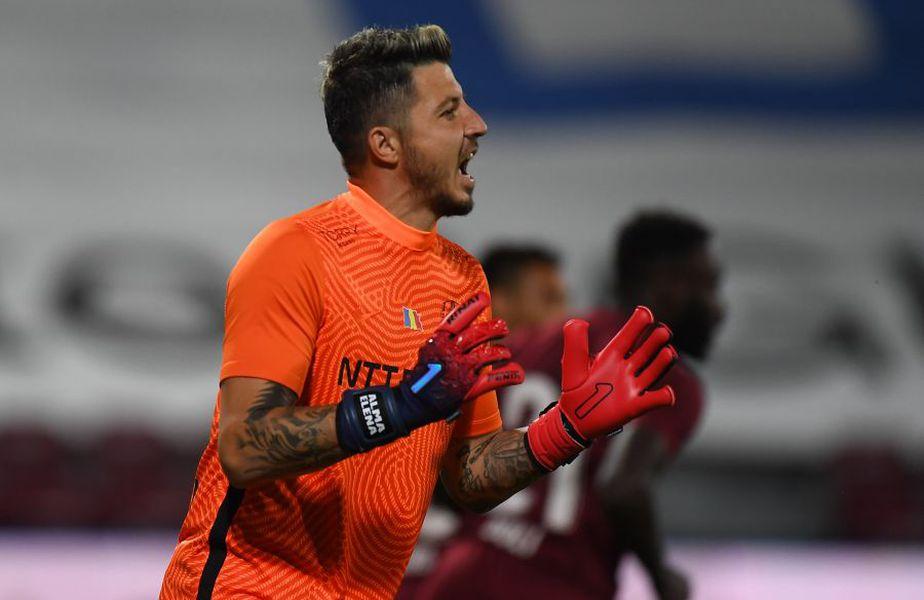 Apărarea celor de la CFR Cluj a gafat la golul de 1-0 al celor de la Dinamo Zagreb, din turul 2 preliminar al UEFA Champions League.  FOTO: Captură @Digi Sport 1