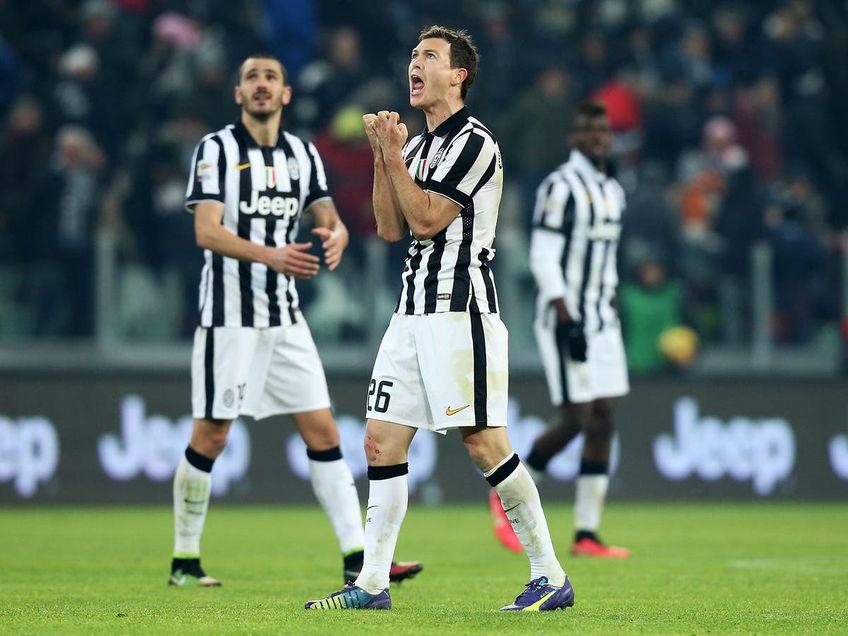 Cu cine a semnat Stephan Lichtsteiner, fostul jucător de la Juventus și Arsenal
