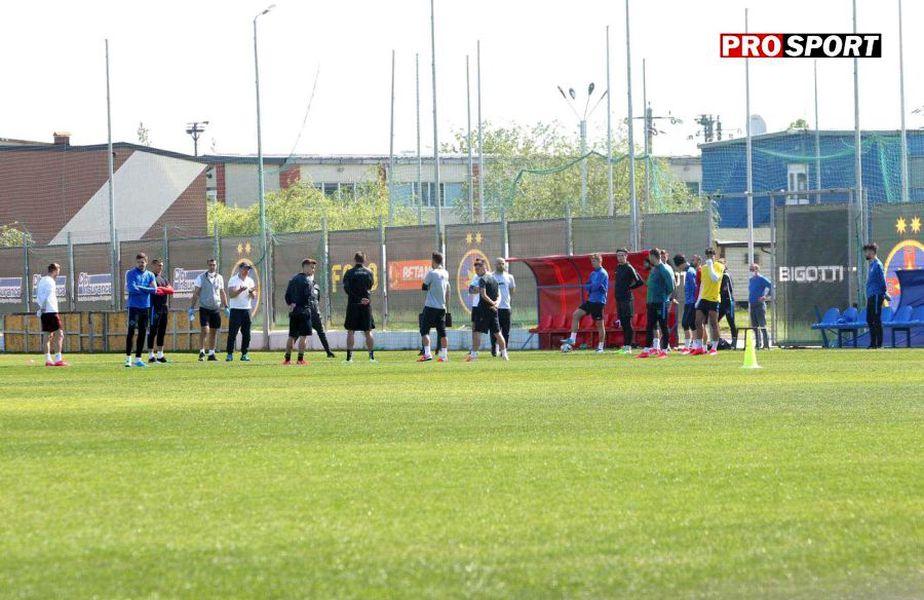 FCSB a susținut astăzi un antrenament cu întregul efectiv al echipei // foto: ProSport