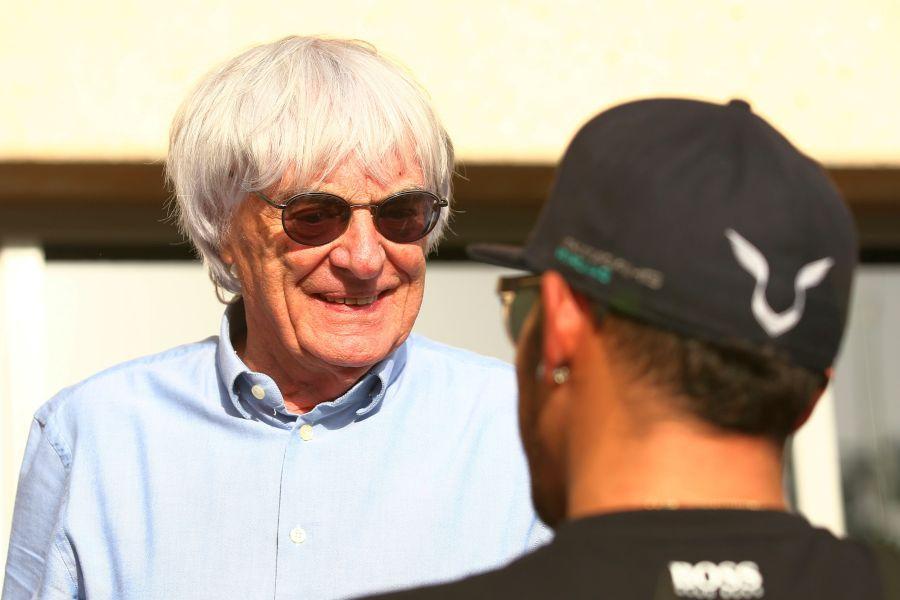 Bernie Ecclestone și Lewis Hamilton Foto Guliver/GettyImages