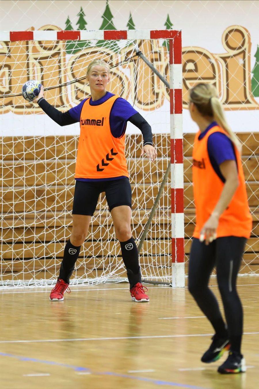 Ewgenija Minevskaja în timpul unui antrenament de la Cheile Grădiștei Foto Marius Ionescu