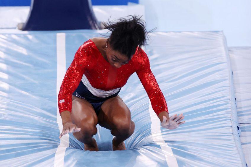 Simone Biles s-a retras din finala pe echipe de la Jocurile Olimpice // foto: Guliver/gettyimages