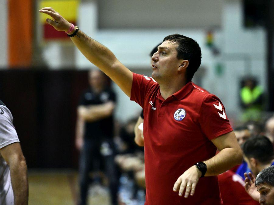 Raul Fotonea, antrenorul Făgărașiului