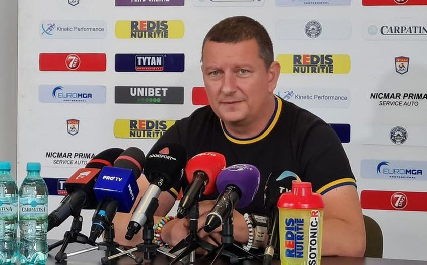 Robert Niță (44 de ani) a ironizat numirea lui Ionuț Chirilă (55 de ani) la Academica Clinceni.