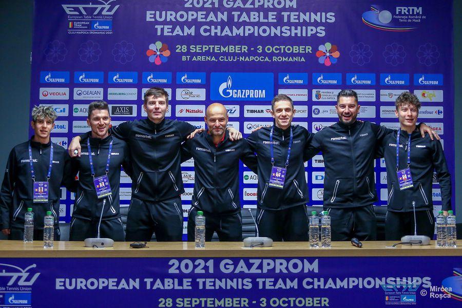 """Fetele din echipa feminină de tenis de masă, înainte de Campionatul European de la Cluj-Napoca: """"Să sperăm într-un rezultat cât mai bun, aurul"""