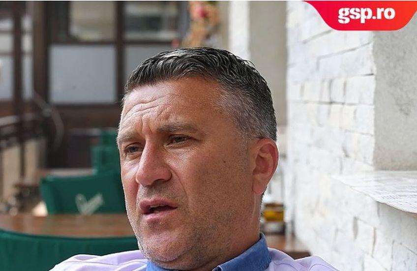 Alin Minteuan a fost antrenor secund sau principal la CFR Cluj între 2009 și 2020, cu o pauză în 2012, când a preluat-o pe Unirea Dej.