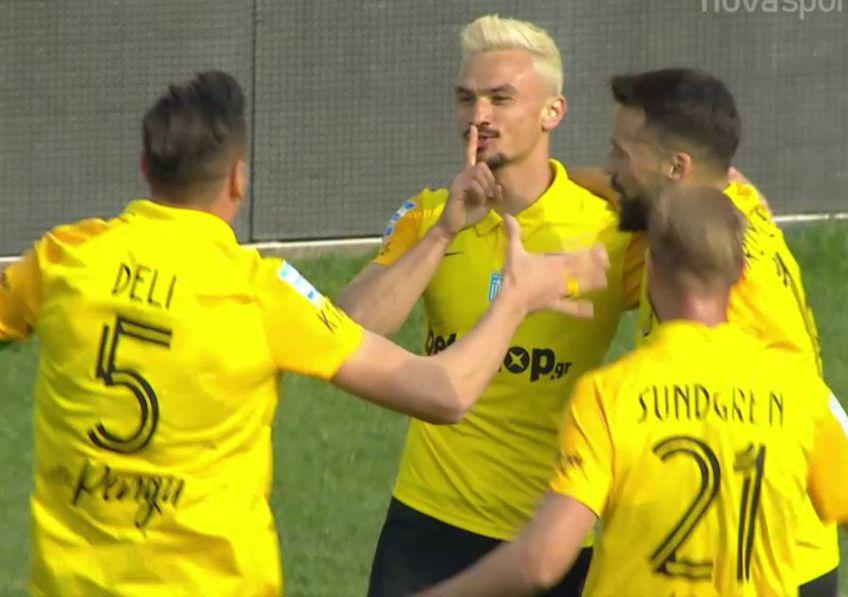 Fundașul stânga Cristi Ganea (22 de ani) a marcat două goluri în partida dintre Aris Salonic și Atromitos, din runda cu numărul 24 a primei ligi din Grecia.