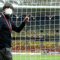 Joachim Low (61 de ani), selecționerul Germaniei, a lăudat reprezentativa României, după victoria obținută în preliminariile Campionatului Mondial, scor 1-0.