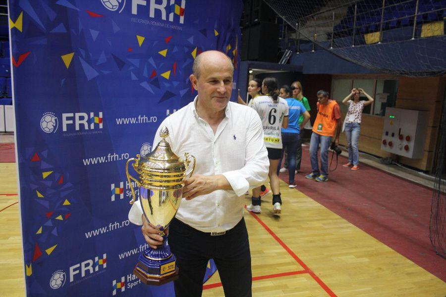 """SCM Vâlcea atacă Federația de Handbal! Acuză jocuri de culise: """"Să-i dea titlul direct lui CSM București!"""""""