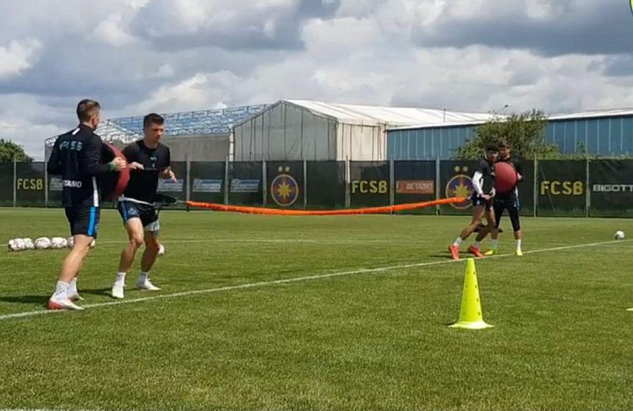 Jucătorii de la FCSB trag tare la antrenamente
