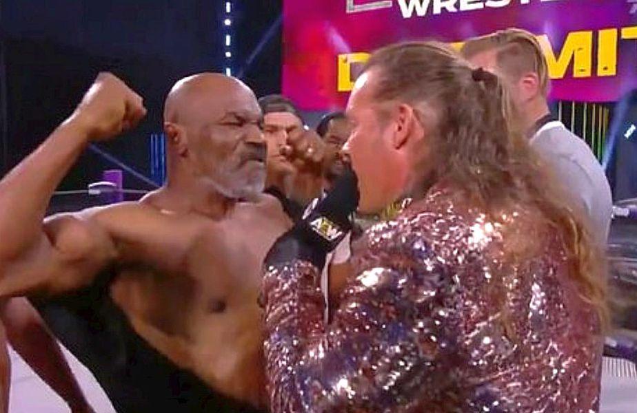 Mike Tyson, față în față cu Chris Jericho