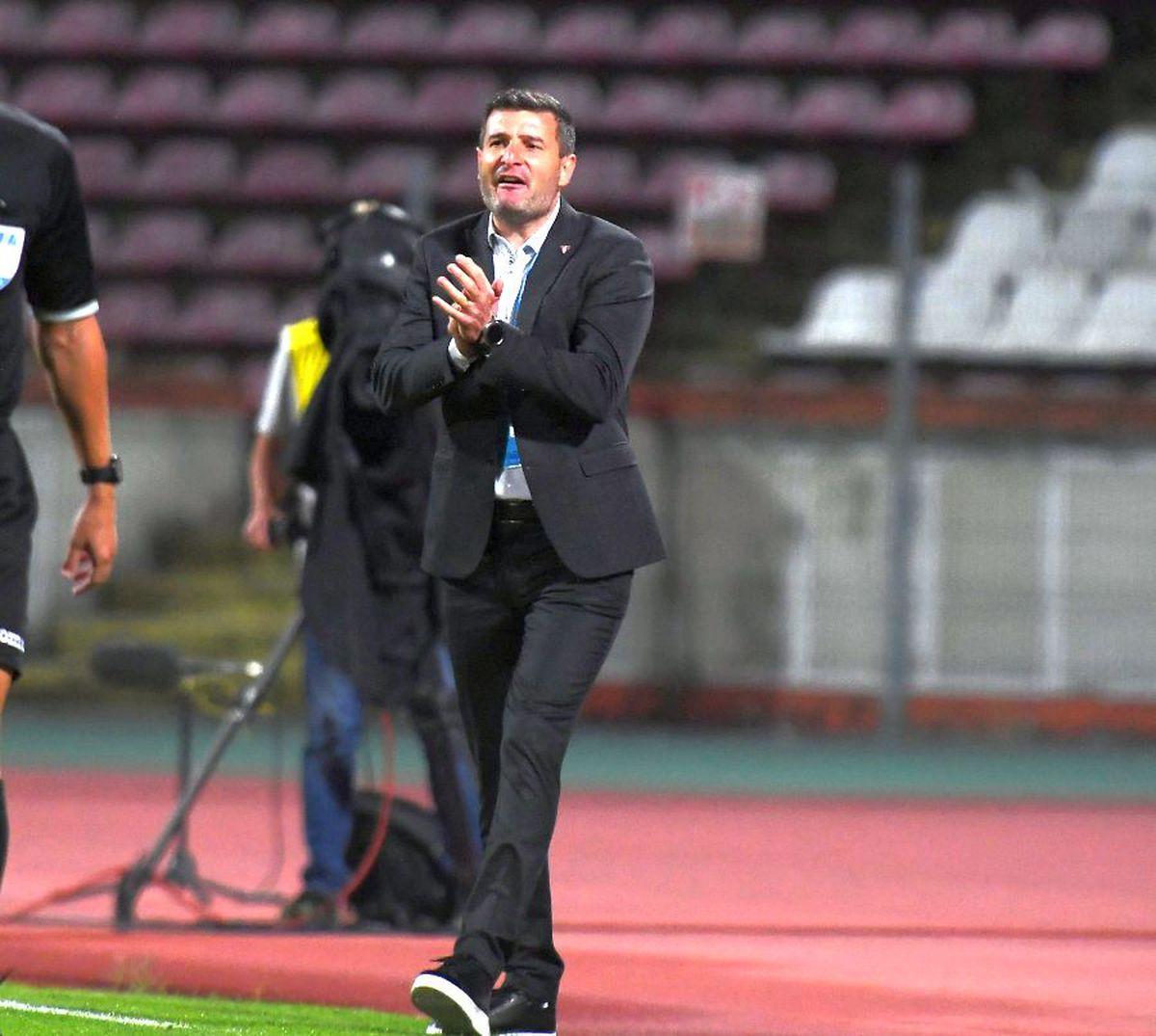 """Dinamo - UTA 0-1. NOTE GSP » Nou-veniții s-au făcut de râs! Cei mai slabi jucători din """"Ștefan cel Mare"""""""