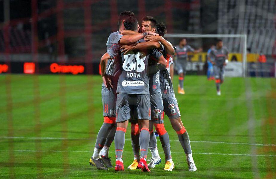 Dinamo - UTA // foto: Raed Krishan