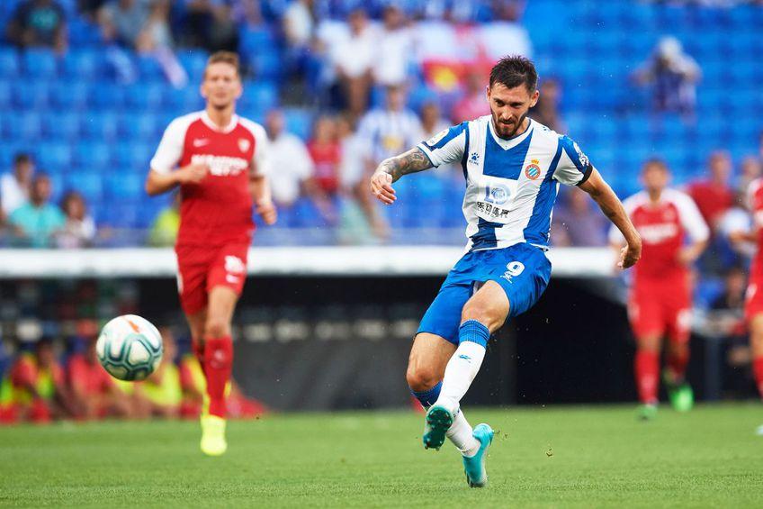 Facundo Ferreyra (în alb-albastru), la Espanyol // foto: Guliver/gettyimages