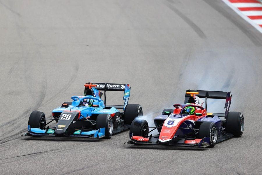 """Pilotul român Filip Ugran trage concluziile după primul său sezon în Formula 3: """"A fost un an de învățare. Mai urmează unul în F3"""""""