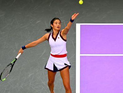 Emma Răducanu e în sferturi la Transylvania Open » Victorie în două seturi cu ...