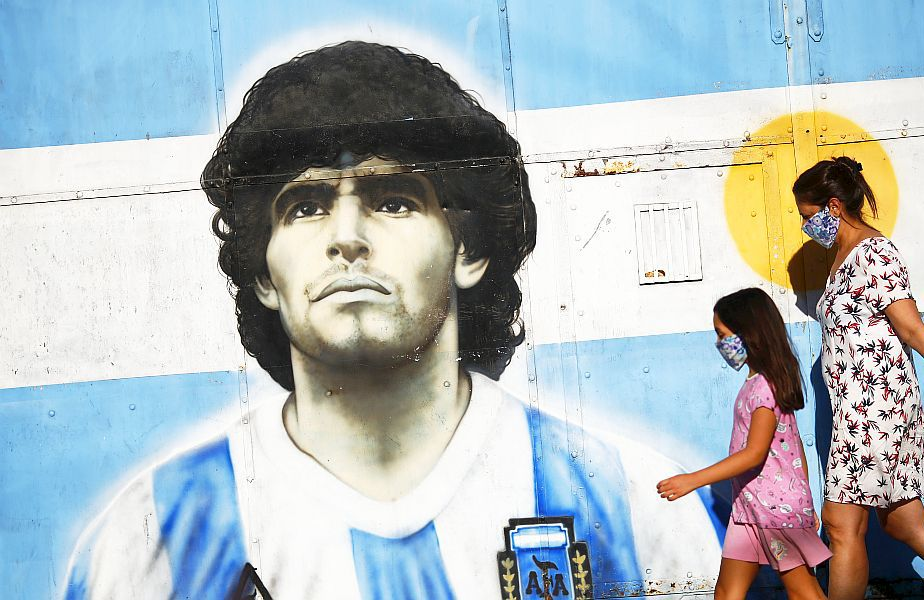 Un graffiti cu Diego Maradona, foto: Guliver/gettyimages