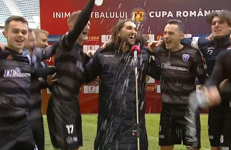 Dan Alexa și imaginile bucuriei de la finalul partidei / Captură TV Telekom Sport