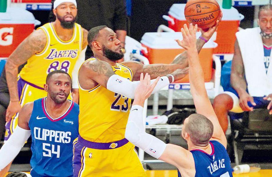 Duelul Lakers - Clippers, din 22 decembrie, a fost adjudecat formația mai slab cotată, 116-109