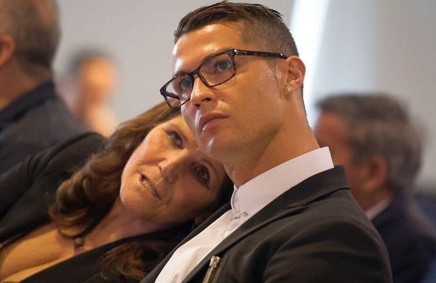 Cristiano Ronaldo și mama sa, Dolores Aveiro // sursă foto: Guliver/gettyimages
