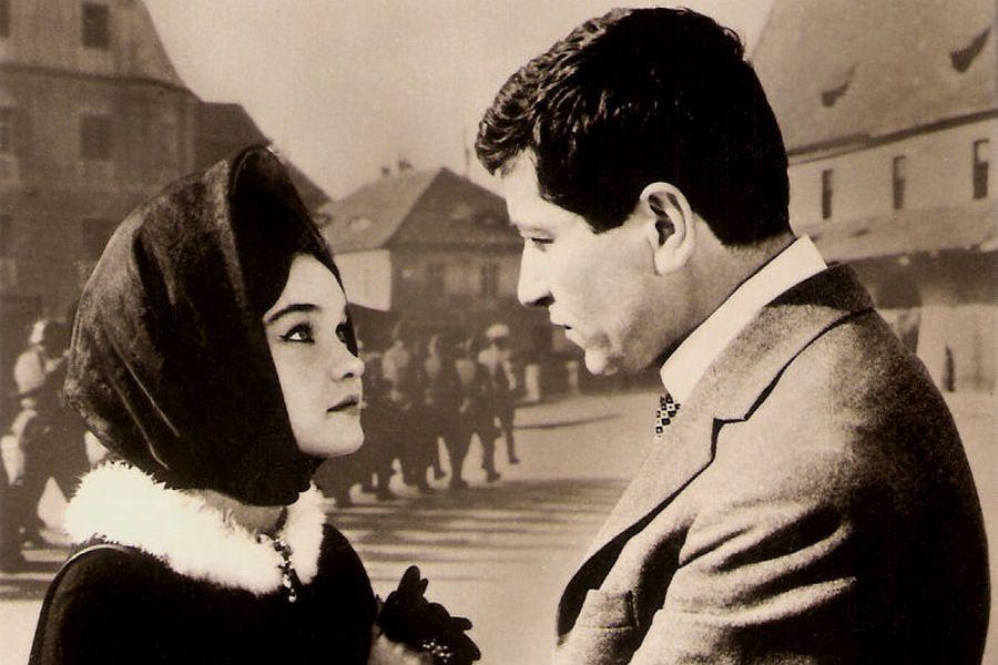 Dichiseanu a jucat în peste 60 de filme. Aici alături de Margareta Pâslaru