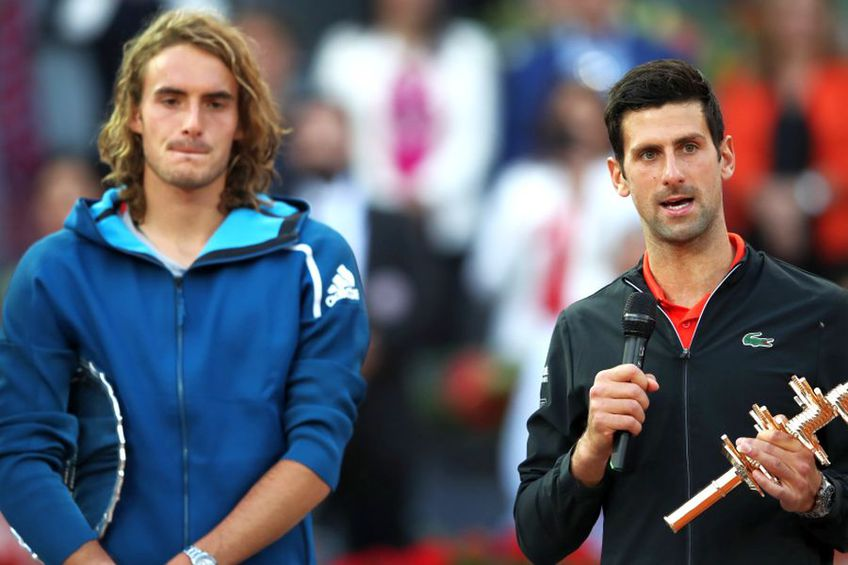 Stefanos Tsitsipas, în stânga. foto: Guliver/Getty Images