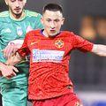 Olimpiu Moruțan în tricoul FCSB, cu City Insurance pe piept, foto: Imago