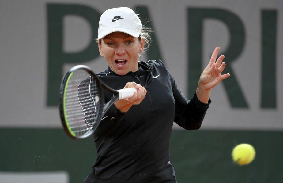 "Partida Simona Halep - Irina Begu a fost programată a treia pe Arena ""Suzanne-Lenglen"". foto: Guliver/Getty Images"