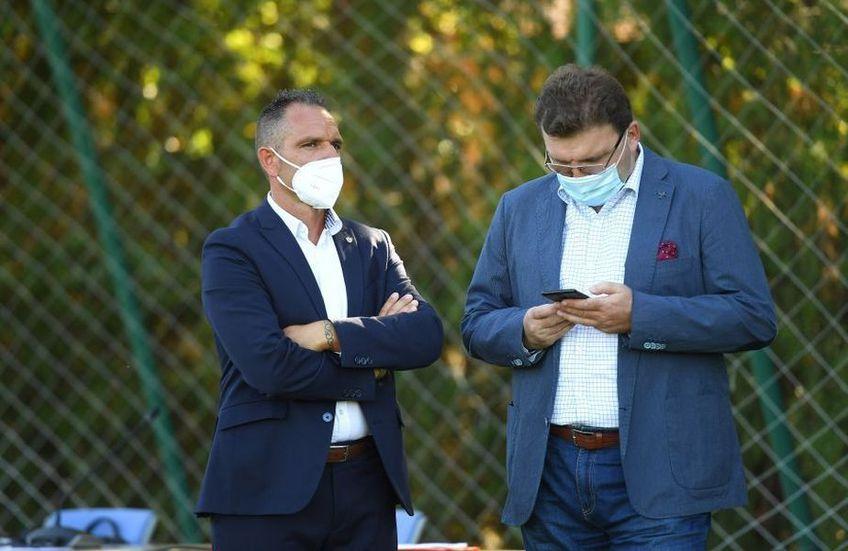 Dorin Șerdean, dreapta, și Pablo Cortacero