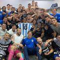 """Gimnasia, ultima echipă antrenată de """"El Pibe D'Oro"""", a câștigat, scor 1-0, cu Velez Sarsfield, în prima partidă de la decesul lui Maradona."""