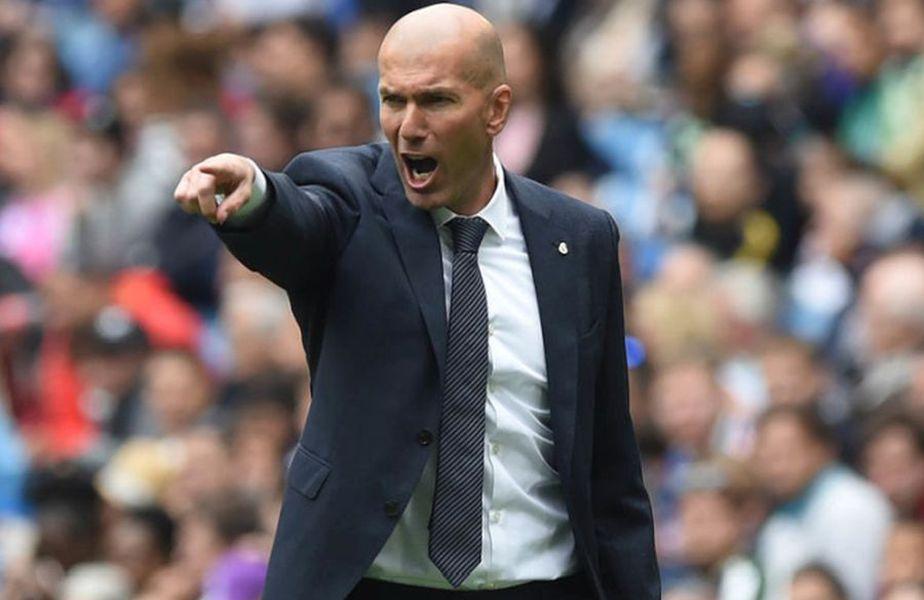 """Francezul Jerome Rothen povestește """"cel mai urât moment al carierei"""", fiind insultat de starul lui Real Madrid, Zinedine Zidane, într-un meci de Champions League."""