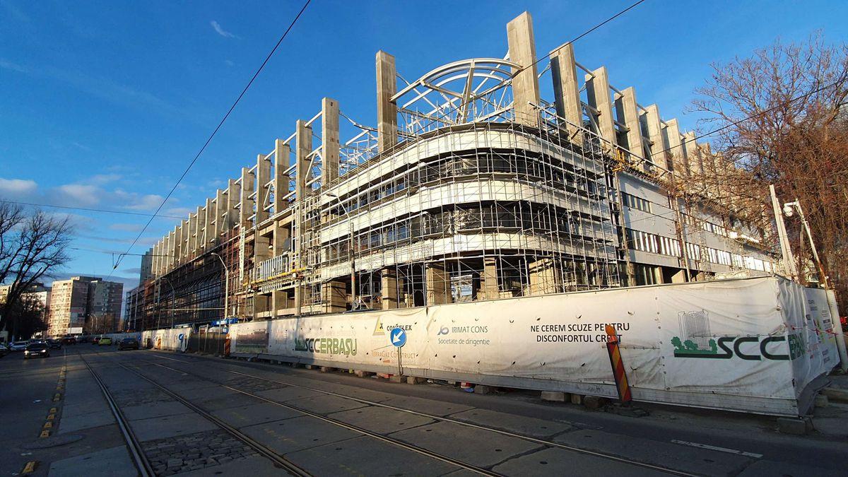 FOTO. Stadionul din Giulești, aproape de finalizare! Au fost montate ambele tabele » Ultimele imagini