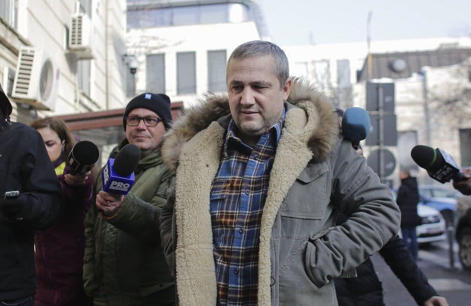 Mihai Rotaru, finanțatorul celor de la CS Universitatea Craiova, spune că are o listă lungă de posibili înlocuitori pentru Corneliu Papură (47 de ani).
