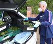 Imagini impresionante: Jose Mourinho transportă lădițe cu legume pentru persoanele aflate la izolare