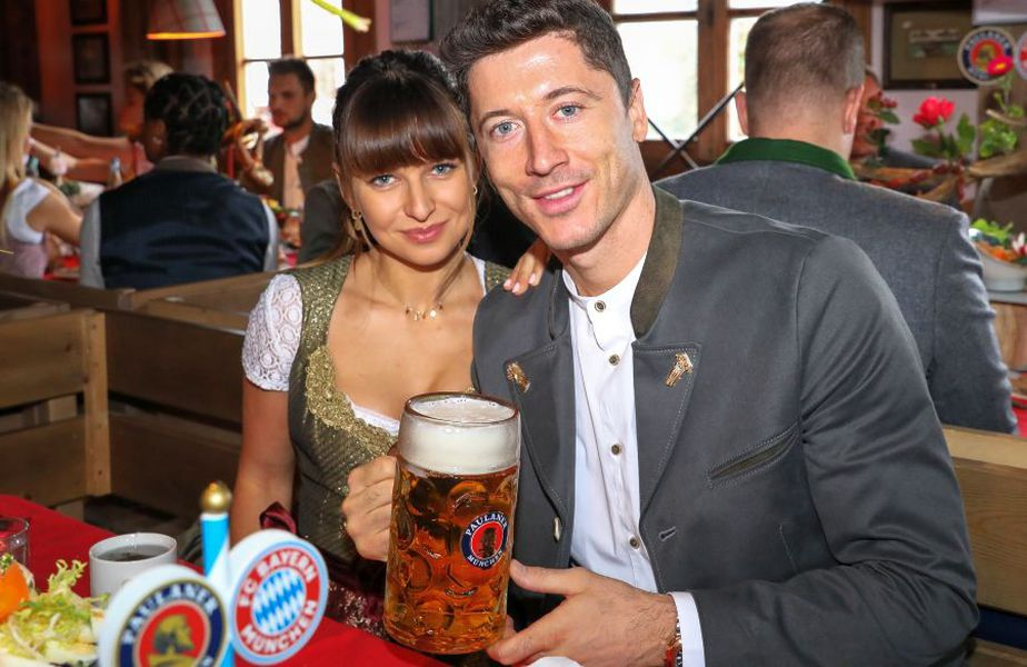 Anna Lewandowska și Robert Lewandowski trăiesc o intensă poveste de dragoste. foto: Guliver/Getty Images