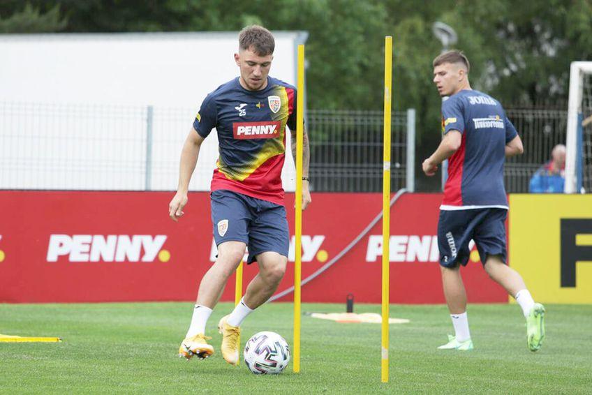 Deian Sorescu, în cantonamentul echipei naționale // foto: frf.ro