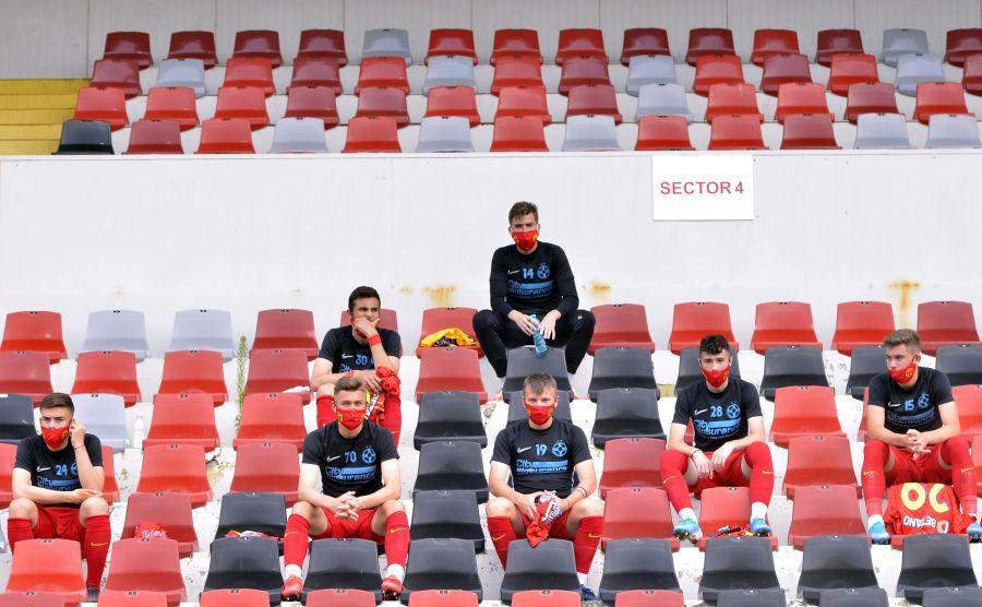 Puștii de pe banca FCSB-ului la meciul cu Astra