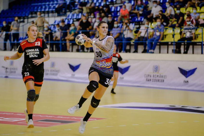 Mădălina Zamfirescu, în acțiune în semifinala cu HC Zalău FOTO Dan Potor