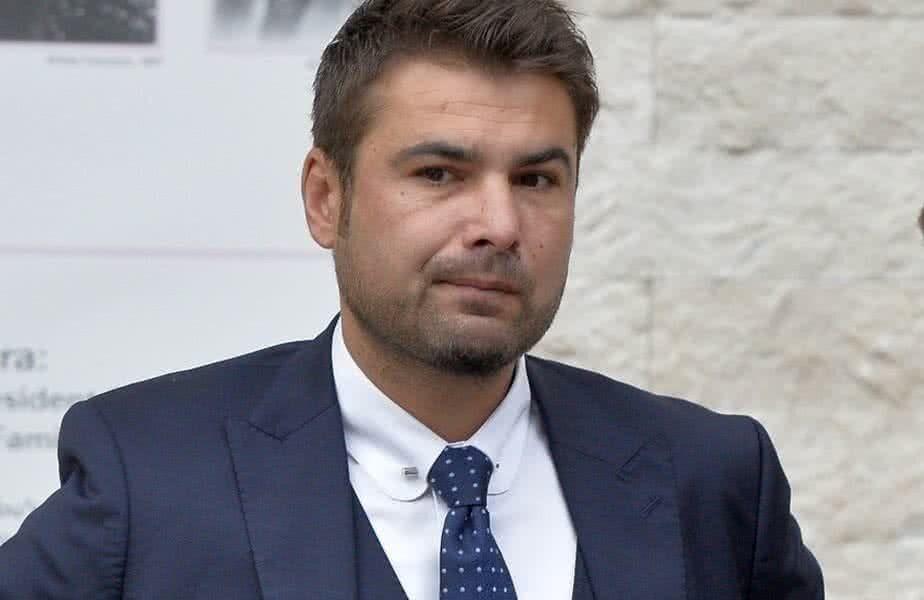 Adrian Mutu, 41 de ani, selecționerul României U21, a vorbit la GSP Live despre antrenorii din Liga 1 care decid să schimbe al doilea fotbalist eligibil pentru naționala de tineret în primele minute ale meciului.
