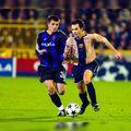 18 ani de la debutul lui Iniesta la Barcelona. Într-un duel cu Alin Stoica!