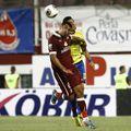 Alexandru Iacob (stânga), într-un meci Rapid - FCSB