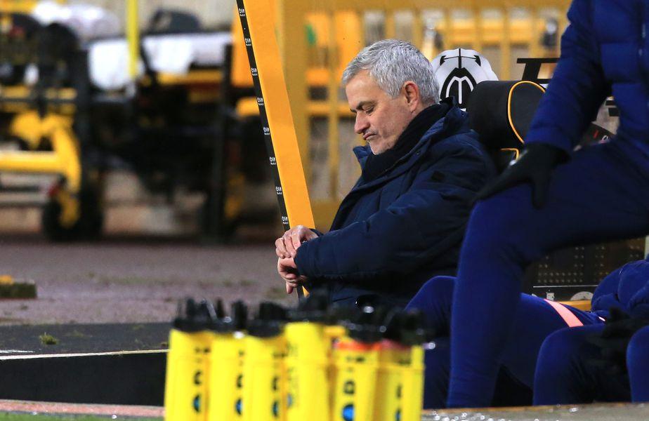Partida dintre Tottenham și Fulham, din etapa cu numărul 16 de Premier League, a fost amânată din cauza unui focar de coronavirus apărut în tabăra oaspeților.