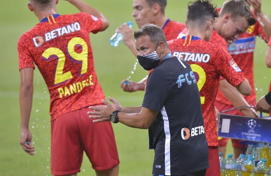 FCSB a trimis o formulă departe de cea standard în meciul pierdut cu CFR Cluj, scor 0-2, iar Mihai Rotaru a taxat acest lucru