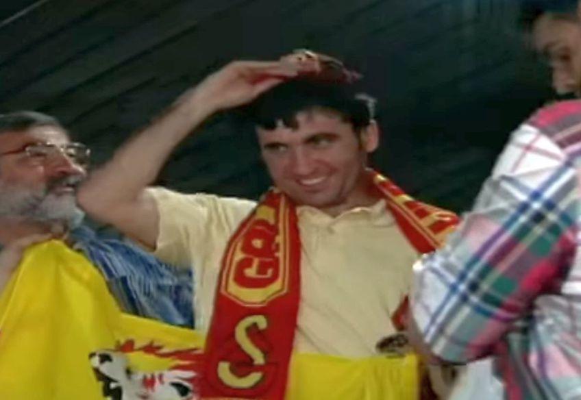 """Imagini memorabile » 25 de ani de când """"Regele"""" Hagi semna cu Galatasaray! Turcii au marcat momentul cu un video special"""
